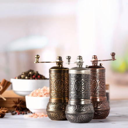 Picture of Black Pepper and Spice Grinder
